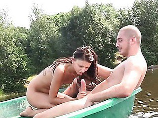 amateur beach boat