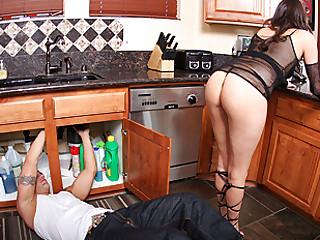 booty kitchen love