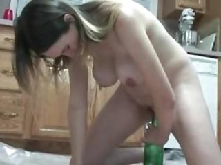 kitchen pregnant